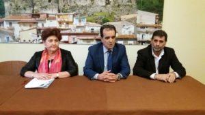 Il vice ministro allo Sviluppo economico, Teresa Bellanova, illustra la legge di stabilità a Lamezia Terme