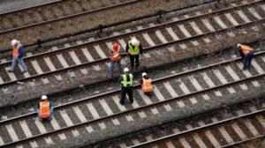 Treno sulla linea Catanzaro-Crotone investe gregge, rallentamenti