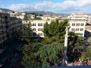 """Soverato – In Piazza Maria Ausiliatrice il """"Christmas Village"""""""