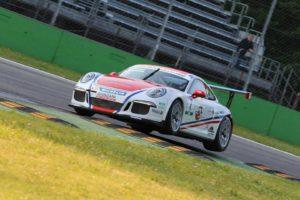 Simone Iaquinta terzo alla Gran Turismo Cup