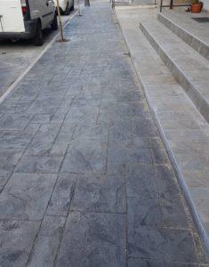 Girifalco – Proseguono i lavori di rifacimento dei marciapiedi in via Antonio Migliaccio