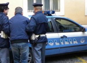 """""""Mago della truffa"""" calabrese tenta la fuga da finestra a Roma, arrestato"""