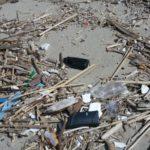 Rifiuti – Al via elaborazione dati della presenza in Calabria di microplastiche nei mari Jonio e Tirreno