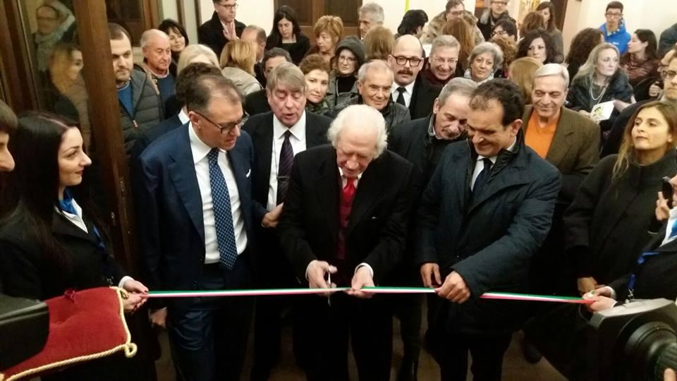 Catanzaro inaugurata al marca la mostra del maestro pino for Pino pinelli