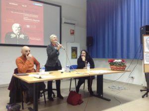 """Roccella Jonica – Scuola """"M. Alcaro"""", un successo il Socrate nel '900 di Gabriella Baptist"""