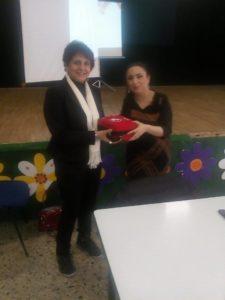 """""""Universo Minori"""" dona un defibrillatore e kit all'Istituto Lampasi di Catanzaro"""