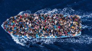 Rapporto segreto tedesco: sei milioni di migranti vogliono entrare in Europa dalle coste del Mediteraneo