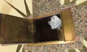 Rubate ostie e calice sacro in chiesa, funzioni sospese