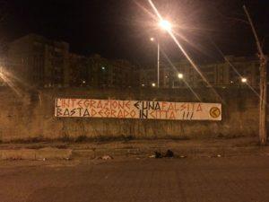 Lamezia Terme – Striscione di Azione Identitaria su Rom e degrado