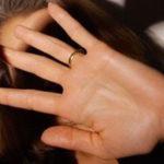 Maltratta moglie e figli piccoli, 49enne allontanato