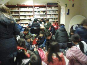 """Visita alla biblioteca comunale """"Oreste Borrello"""""""