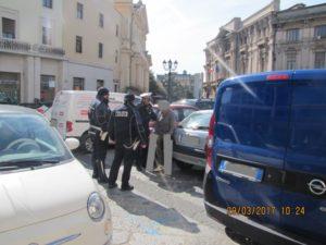 Catanzaro – Sei parcheggiatori abusivi identificati dai vigili urbani