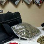 Mezzo chilo di marijuana nascosto in un borsone dentro casa, arrestato 35enne