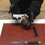 Ferisce a colpi di pistola il fratello dopo lite per eredità, arrestato