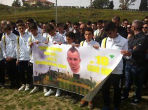 Tanta commozione ai funerali di Gregorio Vatrella, oltre duemila per l'ultimo saluto
