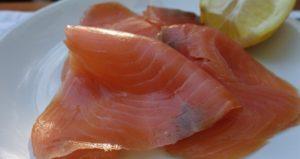 Listeria in salmone affumicato dal Regno Unito, scatta il ritiro in Italia