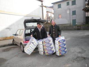 """Cardinale – """"Operazione Scambio 2"""", consegnati alla scuola 600 rotoli di carta igienica."""