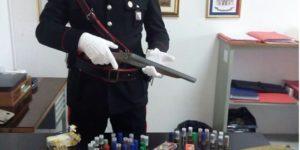 Rinvenuti fucili e munizioni in un'abitazione nel catanzarese, arrestati padre e figlia