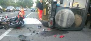 Si schianta con la moto contro una jeep, muore centauro di 42 anni