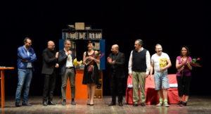 """Lamezia Terme – Grande successo per la commedia in napoletano """"Era tutto così… diverso"""""""