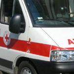 Ambulanza prende fuoco ed esplode, nessun ferito