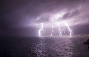 Allerta Meteo – In arrivo temporali e venti forti in Calabria