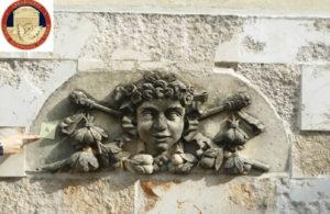 """Sequestrati """"mascheroni in pietra di Siracusa"""" dispersi nel terremoto del 1908 a Palmi"""