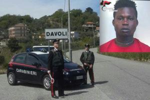 Soverato – Scappa per evitare controllo, 22enne nigeriano arrestato