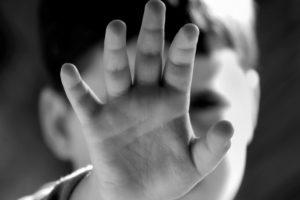 """Indagine Meter, i pedofili si rifugiano sempre più nel """"deep web"""""""
