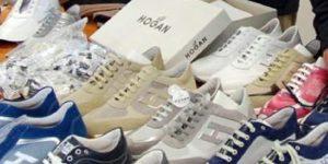 Vendeva scarpe contraffatte, denunciato ambulante