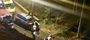 Auto precipita in una scarpata, muore una donna