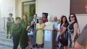 La famiglia Tulelli dona al comune di Zagarise un'opera raffigurante il filosofo Paolo Emilio Tulelli