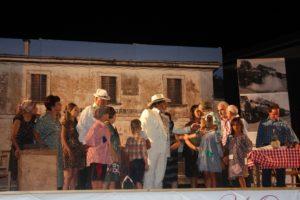 Chiaravalle – Successo per lo spettacolo del Gruppo folcloristico musico teatrale