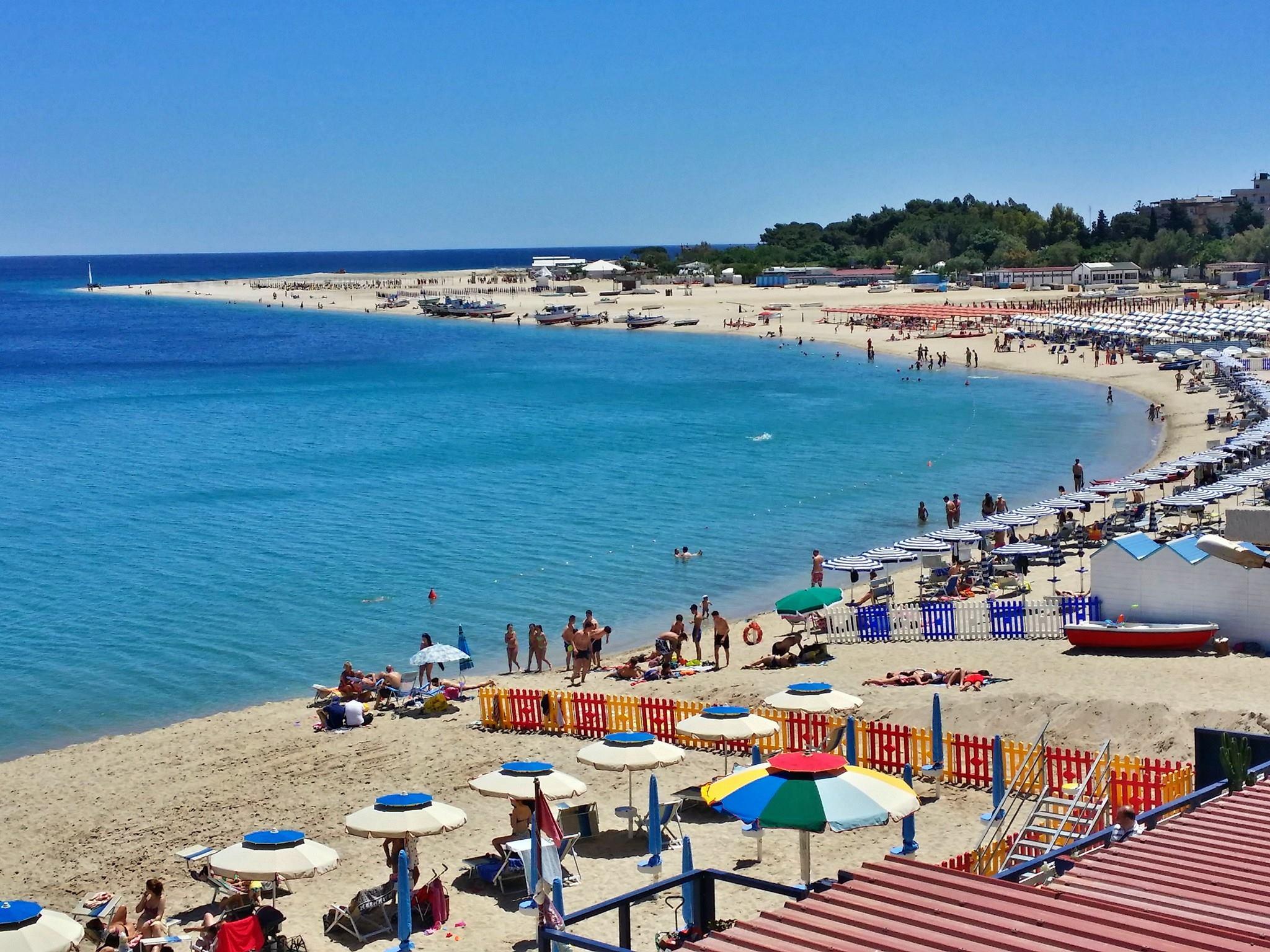 Matrimonio Spiaggia Soverato : Soverato bilancio di un estate che volge al termine