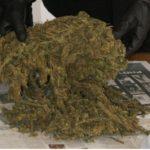 Scoperto con oltre 5 chili di marijuana nel furgone, 49enne arrestato