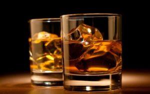 L'alcol è un antidolorifico, uno studio afferma che il suo potere analgesico supera quello del paracetamolo