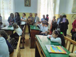 Nonni e bimbi in festa alla Scuola Primaria dell'Istituto Salesiano di Soverato