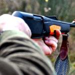 Colpito alla testa durante una battuta di caccia, grave 49enne