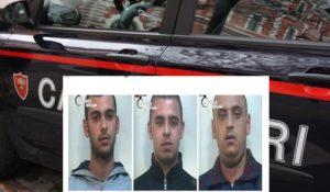 Fermati con 15 kg di marijuana in auto, 3 arresti dei carabinieri