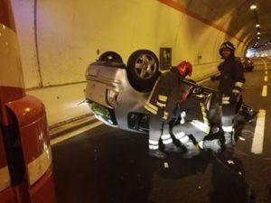 Incidente sulla Statale 106 vicino svincolo di Squillace, sei feriti