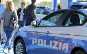 Catanzaro Lido – Minaccia alcune persone con un coltello, arrestato