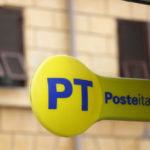 Sfondano porta blindata di un ufficio postale, 15 mila euro il bottino