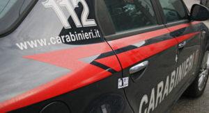 Spara in strada e minaccia i carabinieri, 30enne calabrese arrestato a Pavia