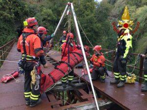Vigili del Fuoco – Addestramento SAF Calabria su un ponte dismesso