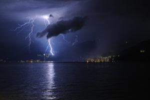 Allerta Meteo per possibili precipitazioni intense e temporali sulla Calabria