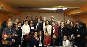 Il saluto alla dottoressa Maria Facchini, da ieri in pensione. Provincia di Catanzaro e associazioni consegnano una targa ricordo