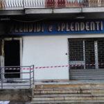 Bomba devasta negozio, domani era prevista l'inaugurazione