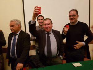 Soverato, il Pd ufficializza con un brindisi il tesseramento del sindaco Alecci