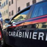 Picchia la moglie e aggredisce carabinieri, arrestato