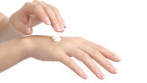 Crema per dermatite ritirata a scopo precauzionale dalle farmacie, ecco i lotti